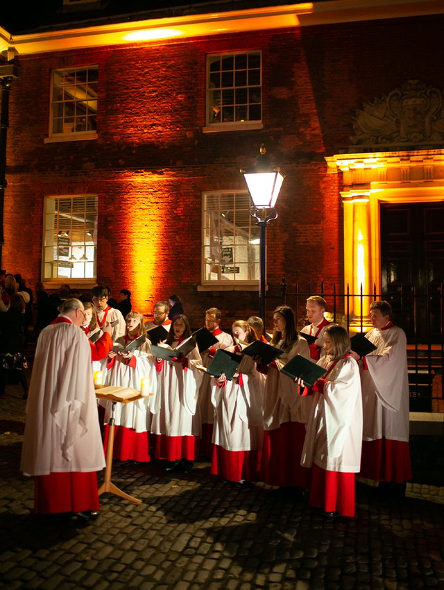 Traditional Choir greet guests at the Medieval Banquet